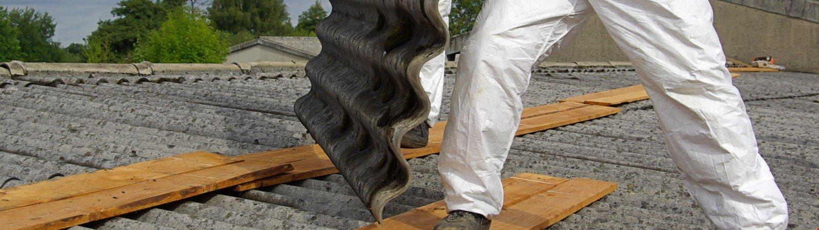 Asbest auf dem Dach