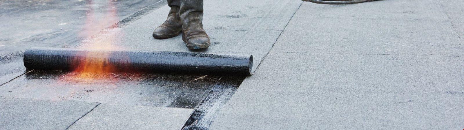 Flachdachabdichtung: Dachwartung für Flachdächer