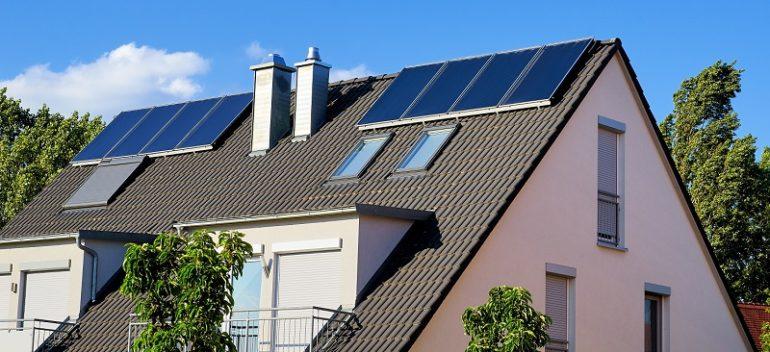 Haus-mit-Solarthermie