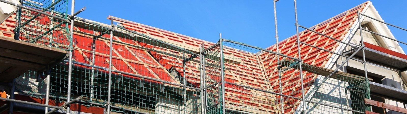 Dachsanierung: Förderung für Energieeffizienz vollständig ausnutzen